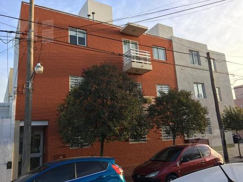 departamento 2 dormitorios con balcon - lomas de san martin