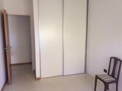 departamento 2 dormitorios con cochera . apto banco  - la plata
