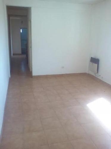 departamento 2 dormitorios en villa elisa.apto banco.