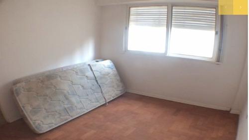departamento 2 dormitorios, reciclado.