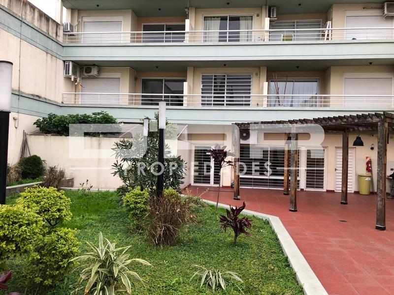 departamento 3 amb al contrafrente. balcón-terraza y cochera