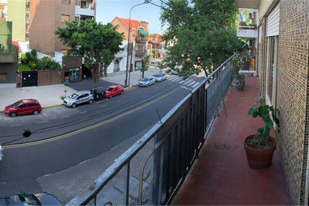 departamento 3 amb caballito con balcón al frente