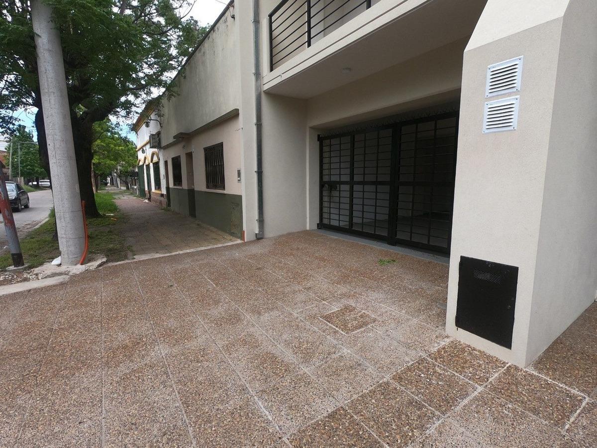 departamento 3 amb con terraza y parrilla 80 m2 cochera