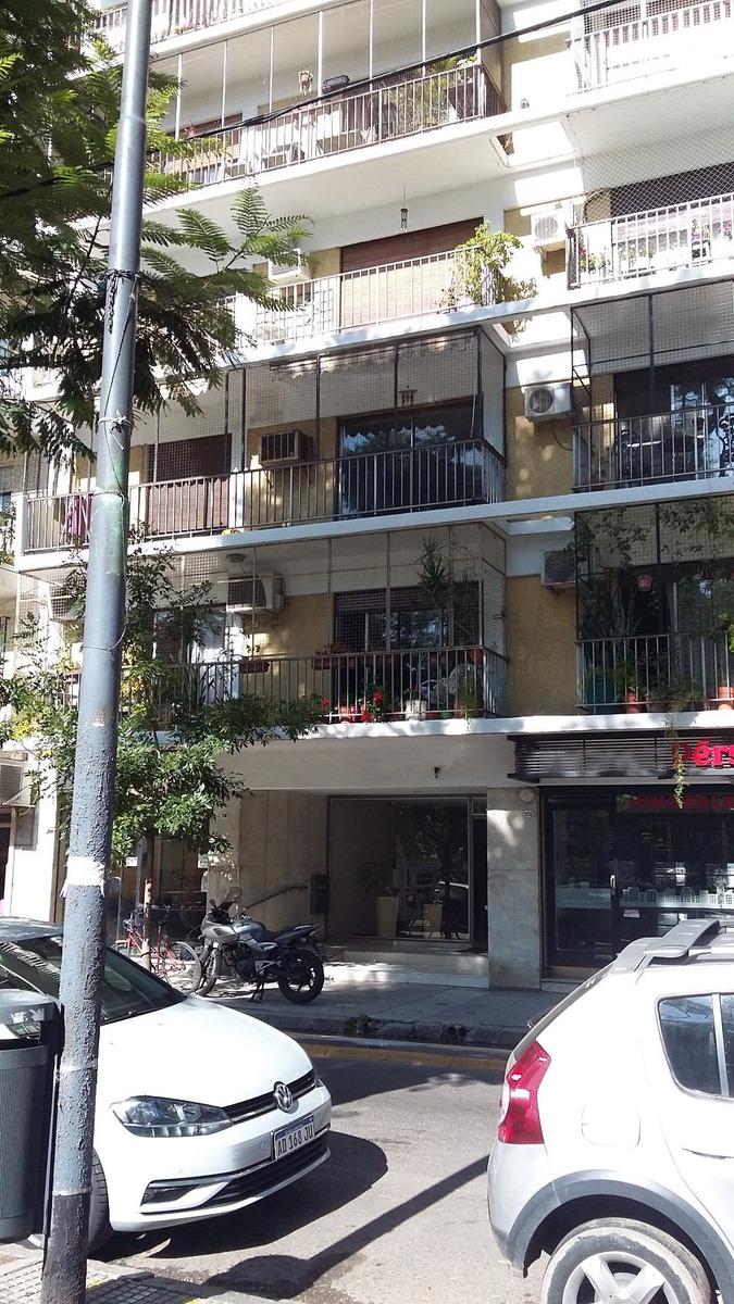 departamento 3 amb frente con balcon y dependencia.