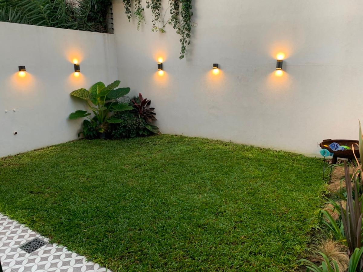 departamento 3 ambientes alta categoría con jardin