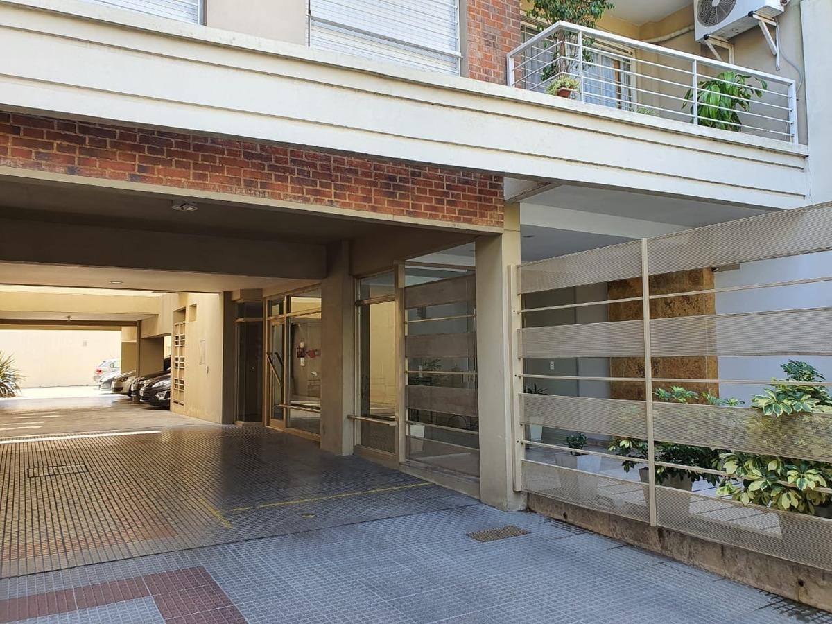 departamento 3 ambientes cochera terraza con parrilla