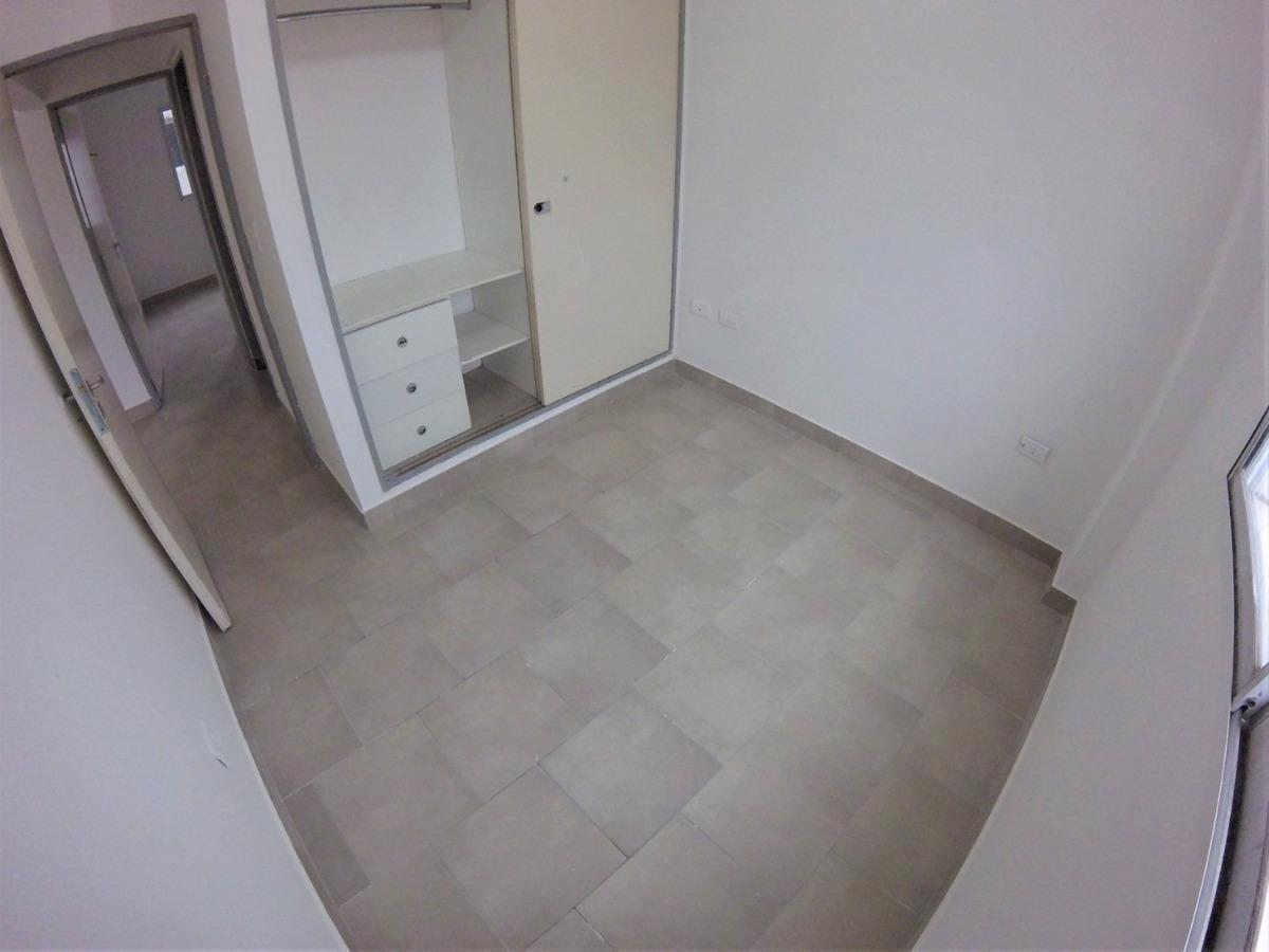 departamento 3 ambientes con balcon // pizzurno 259