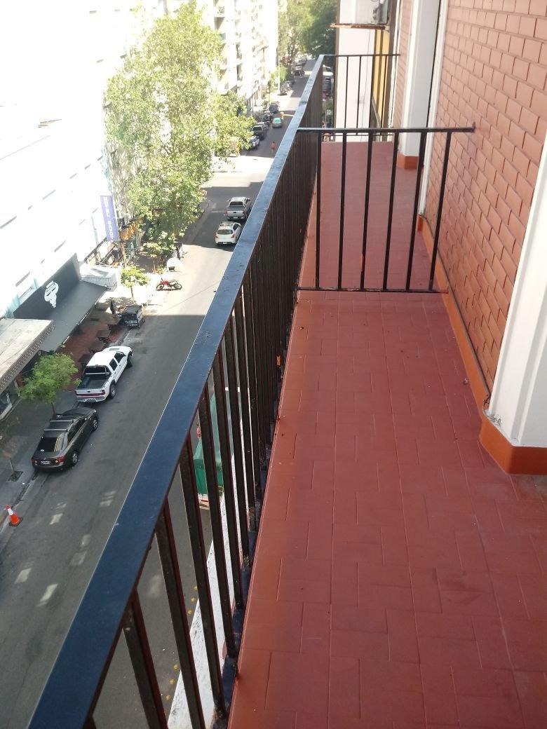 departamento 3 ambientes con dependencia con balcon en venta en mar del plata