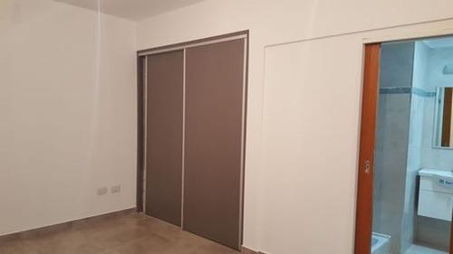 departamento 3 ambientes con patio privado y balcon
