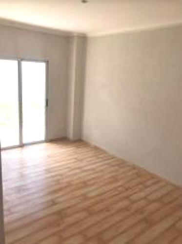 departamento 3 ambientes en condominio en parque leloir