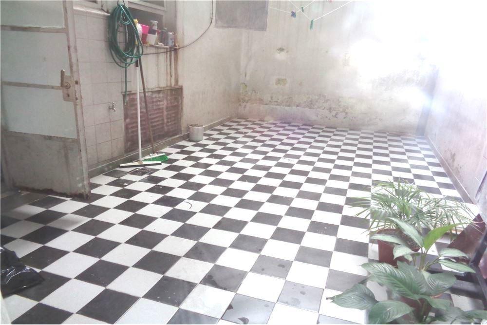departamento 3 ambientes  en flores con patio