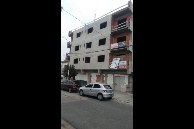 departamento 3 ambientes en venta en villa luzuriaga