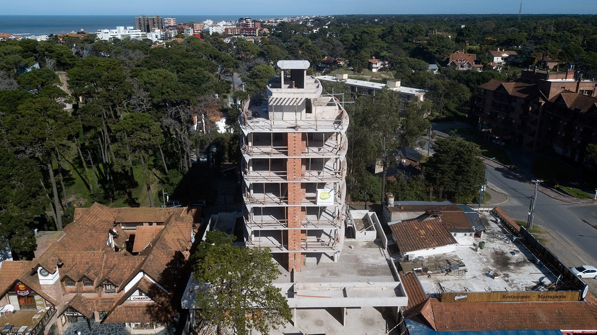 departamento 3 ambientes pinamar - status tower