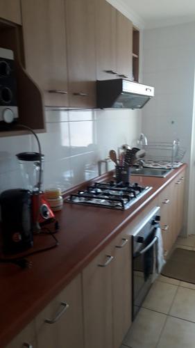 departamento 3 dormitorios 2 baños balcón cocina , living .