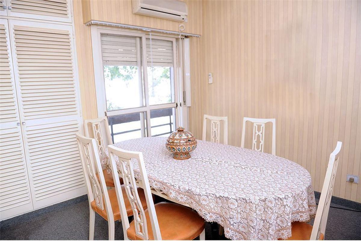 departamento 3 dormitorios , 2 baños y cochera -140 mts 2 - la plata