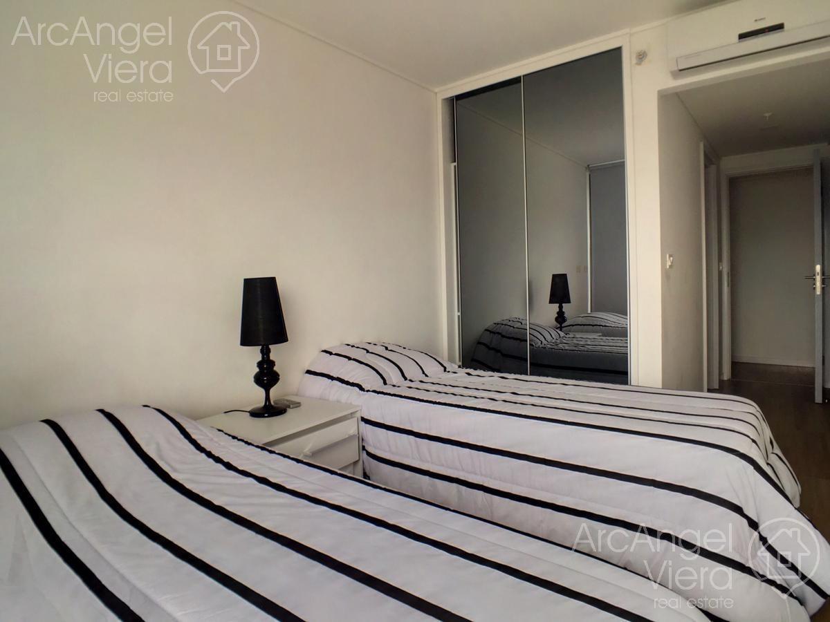 departamento 3 dormitorios en alquiler anual en  punta del este, zona conrad