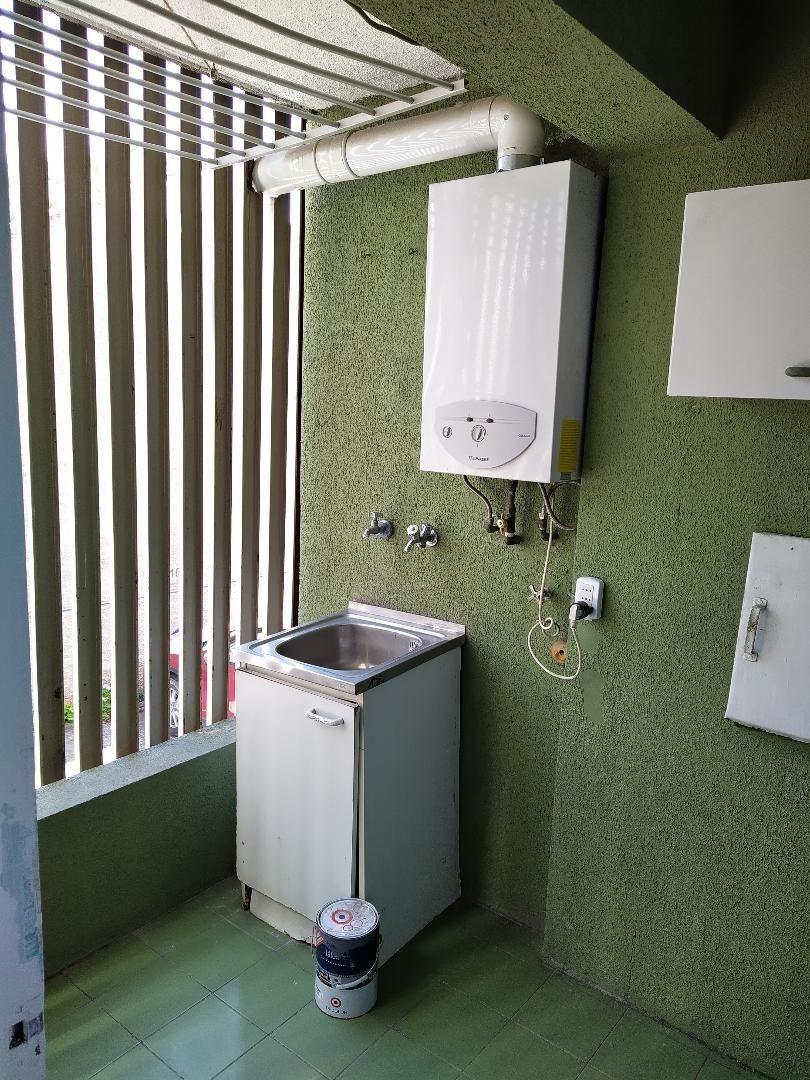 departamento 3 habitaciones 2 baños 1 estacionamiento 1 bode