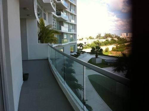 departamento  3 recamaras puerto cancun  vista al mar, alberca y seguridad