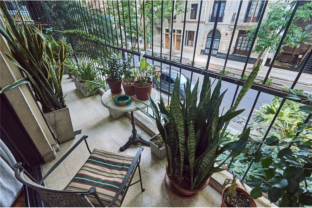 departamento 4 amb. dep, patio, balcón calle
