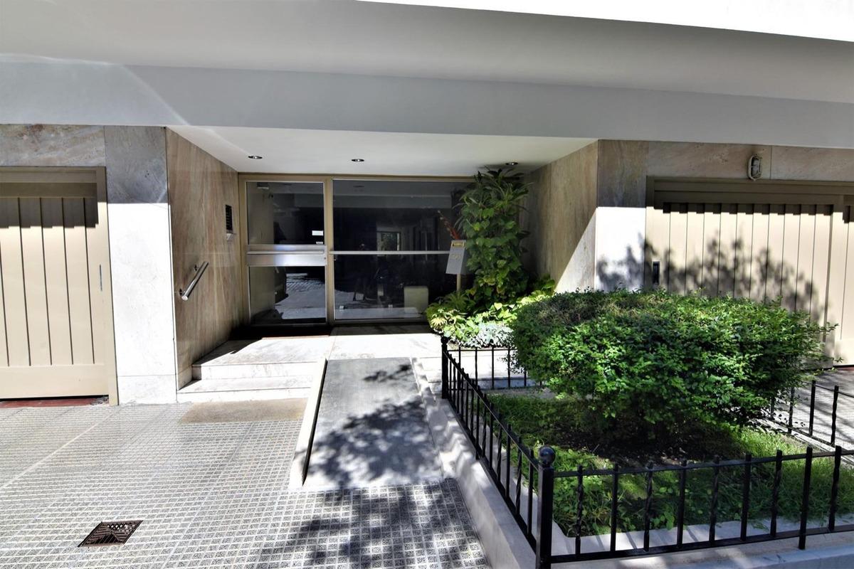 departamento 4 ambientes con patio y jardin en villa devoto