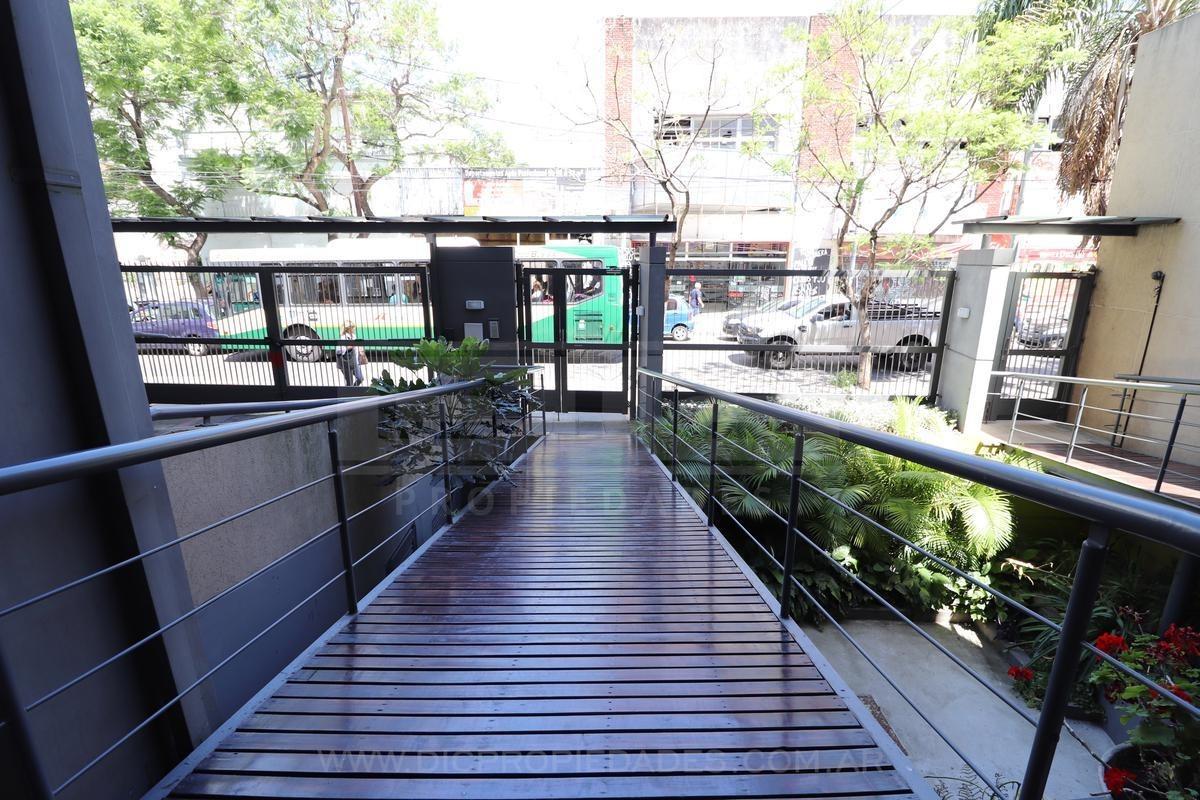 departamento 4 ambientes en duplex, edificio con amenities - florida mitre/este