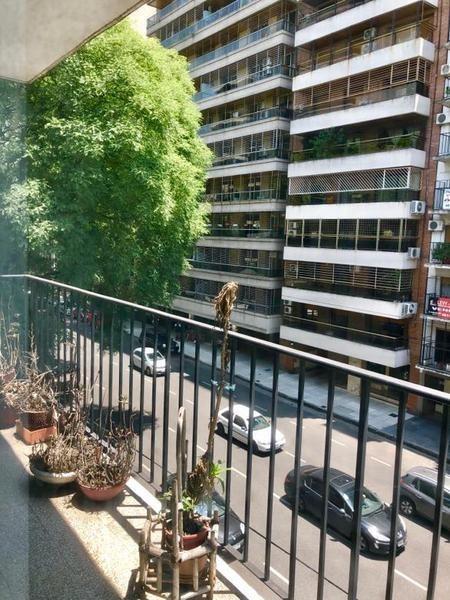 departamento 4 ambientes en flores sobre av. avellaneda 118 m2   oportunidad