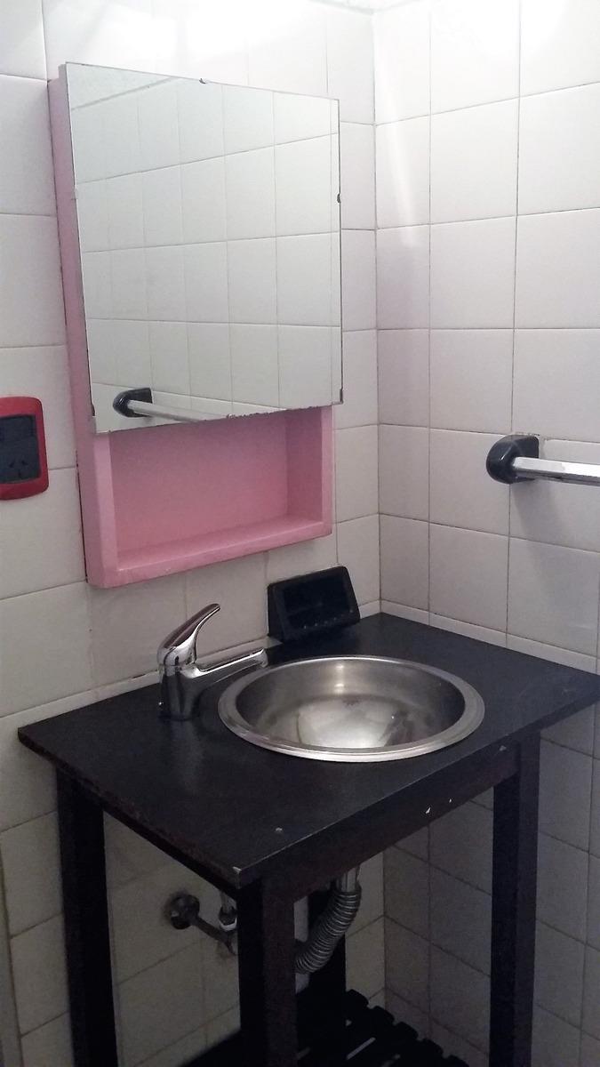 departamento 4 ambientes frente con toilette