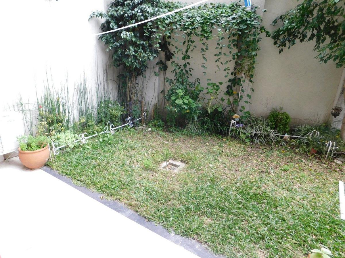 departamento 60m2 c/jardin ,2 bauleras en v. devoto mts. pza