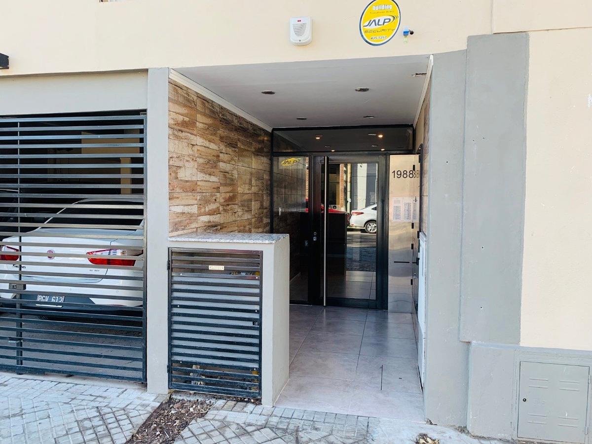 departamento a estrenar monoambiente con financiacion - muy buena ubicacion con excelente accesibilidad - edificio de esquina con ascensor