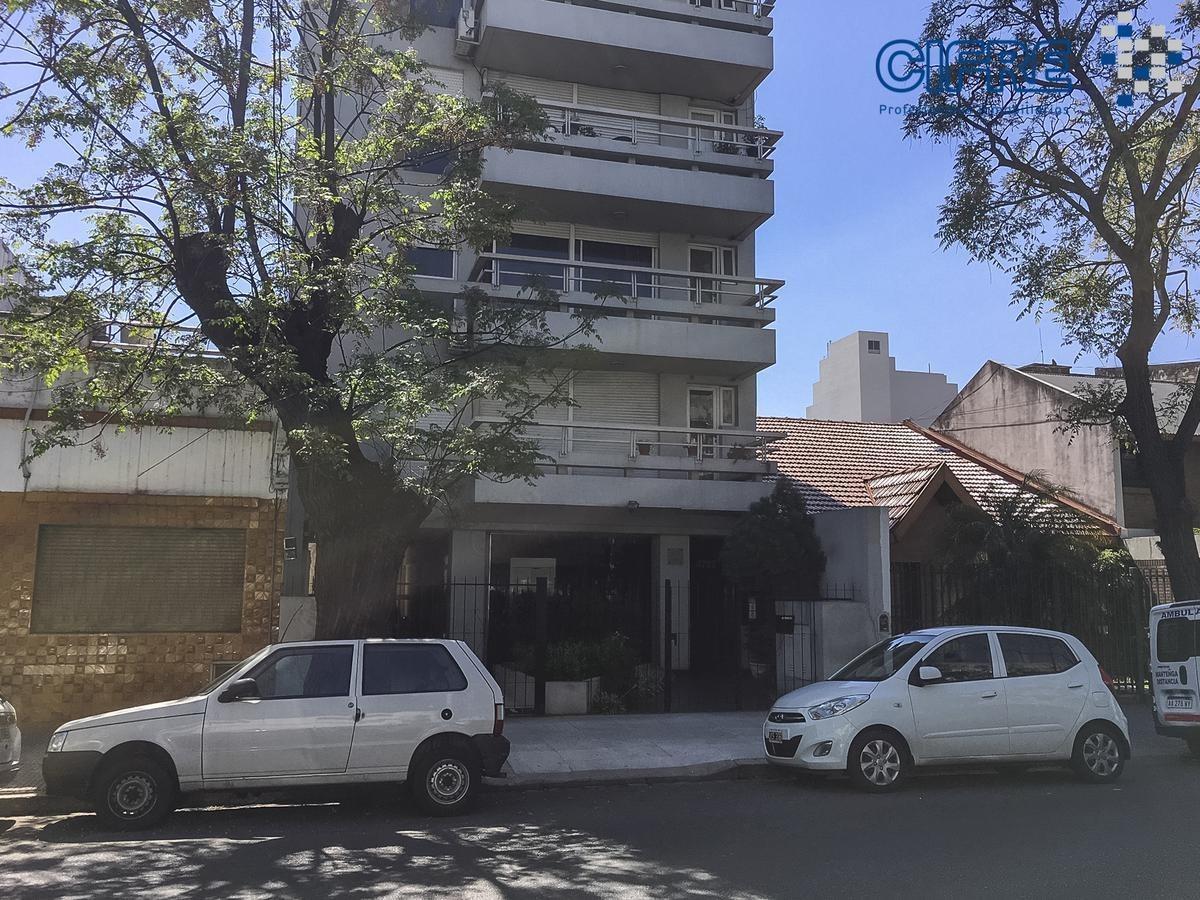 departamento a la venta de 2 ambientes con balcon aterrazado