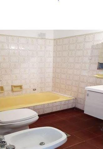 departamento  al frente 2 dormitorios y patio-76 mts 2 -venta -la plata