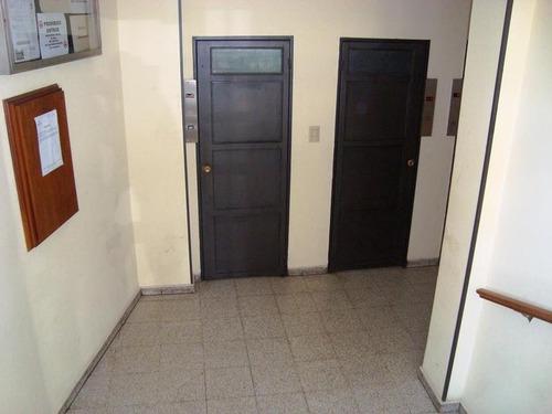 departamento avda.44 e/1y2 (1 dormit) venta