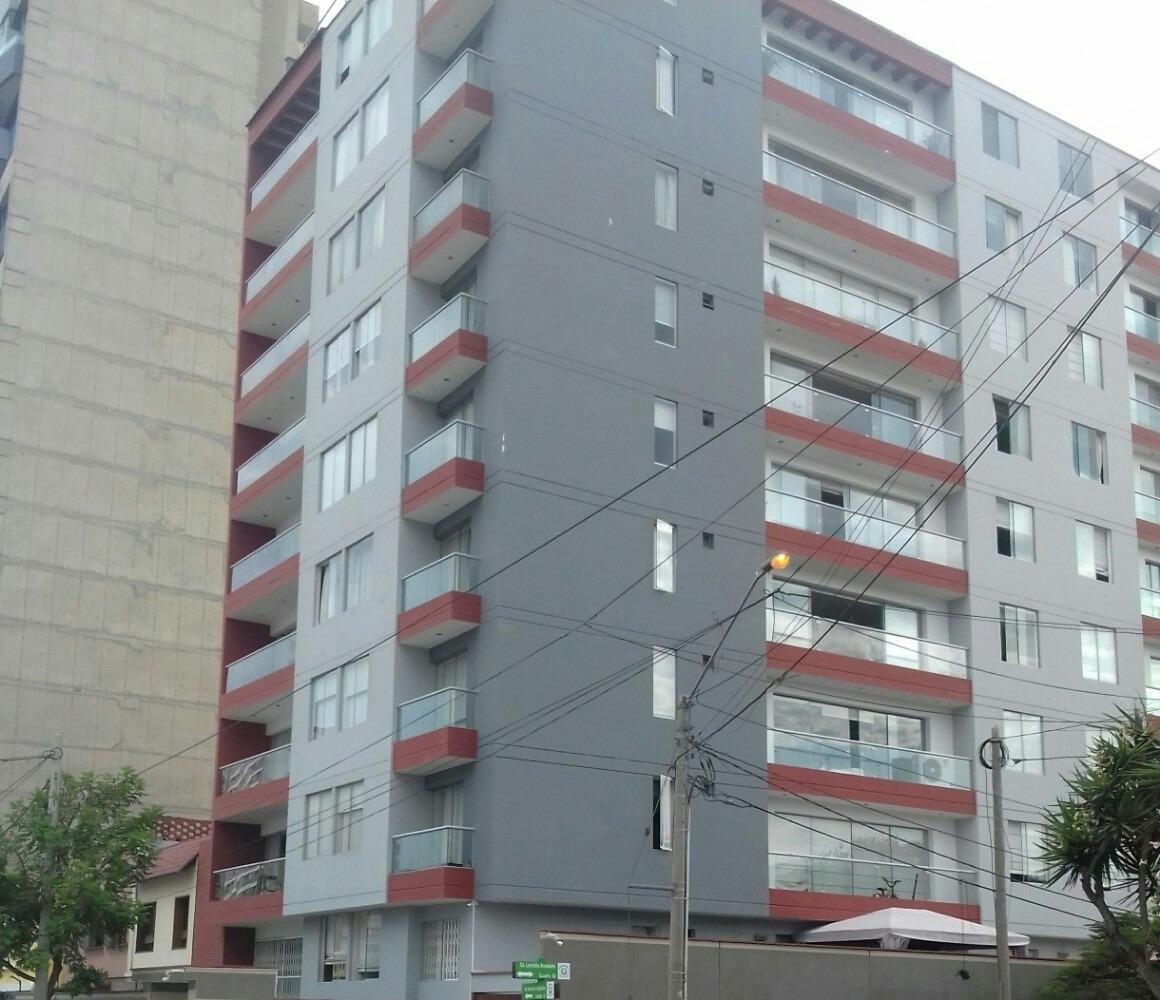 departamento bien ubicado con 4 habitaciones y 4 baños