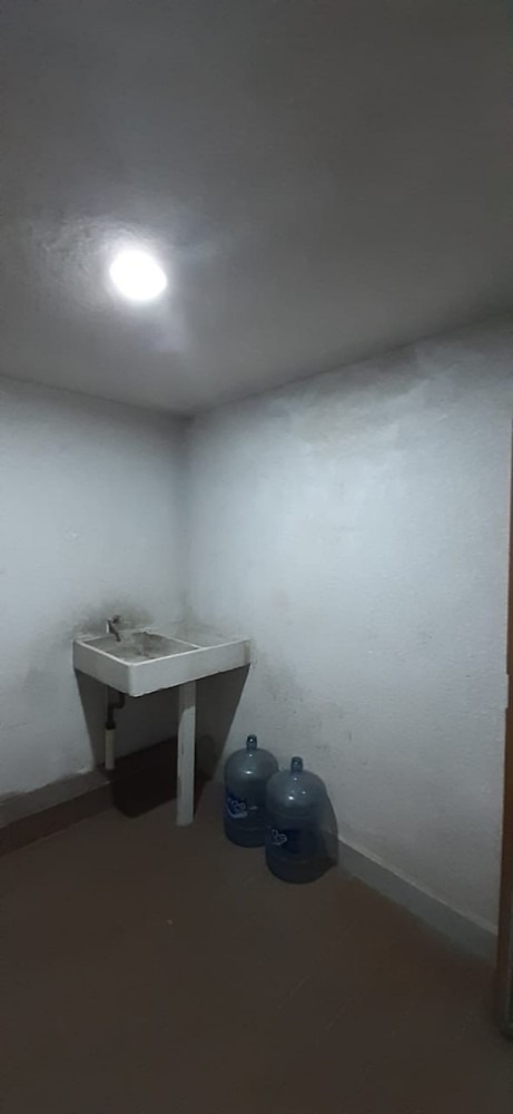 departamento centrico, 3 recamaras 2 baños, cochera