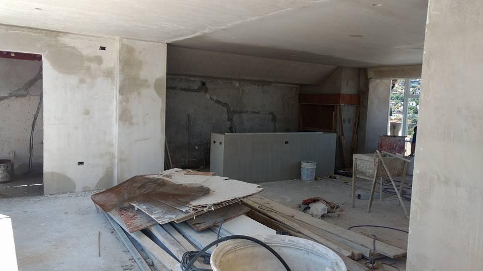 departamento centrico de ( 2 ) dormitorios con cochera