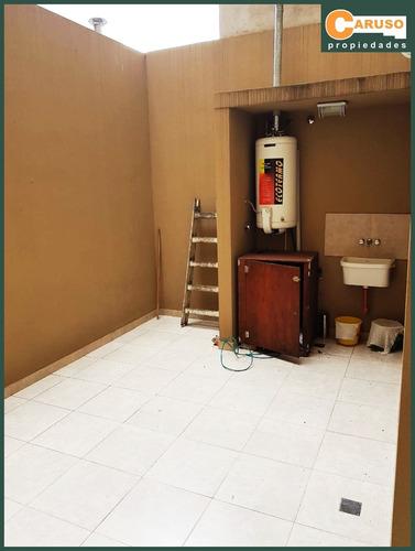 departamento con 2 dormitorios en el centro de castelar.