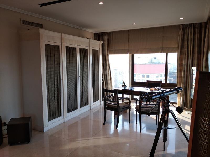 departamento con balcón y amenities en retiro - centro