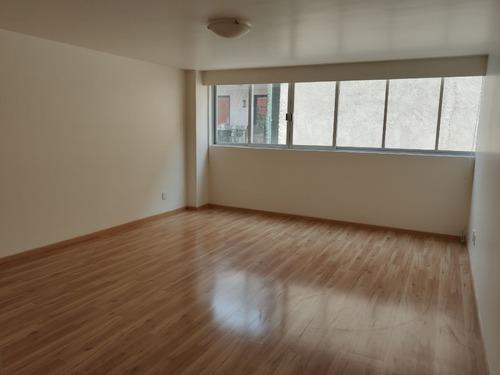 departamento con balcón y amplios espacios en polanco