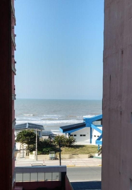 departamento  con cochera cubierta a 1 cuadra del mar!