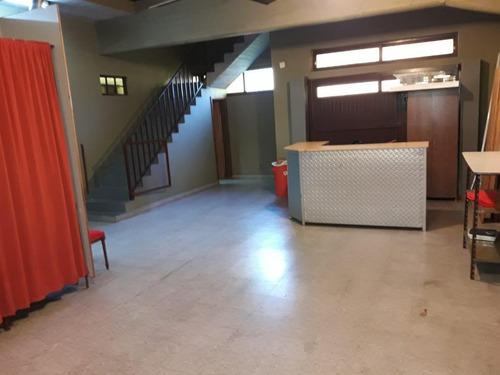 departamento con depósito - villa adelina