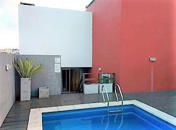 departamento con piscina, excelente edificio. cramer y olazabal.