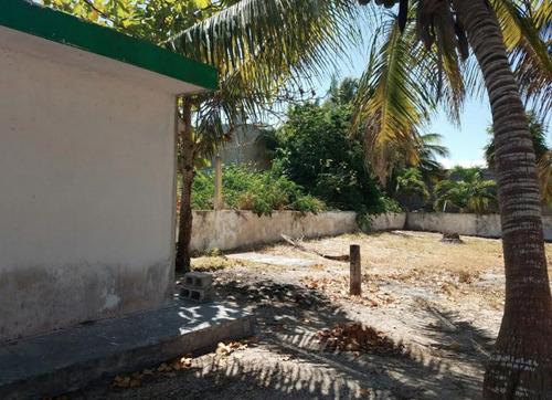 departamento con terreno ubicado en la playa el cuyo