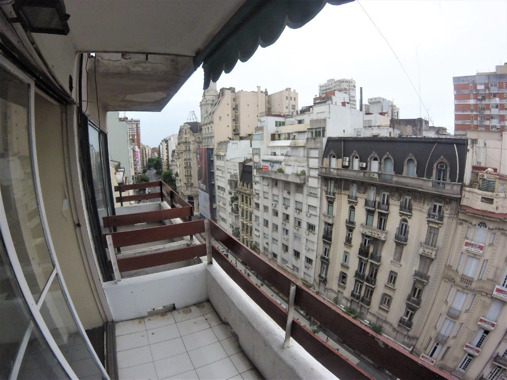 departamento-consultorio-oficina // avenida santa fe 1714
