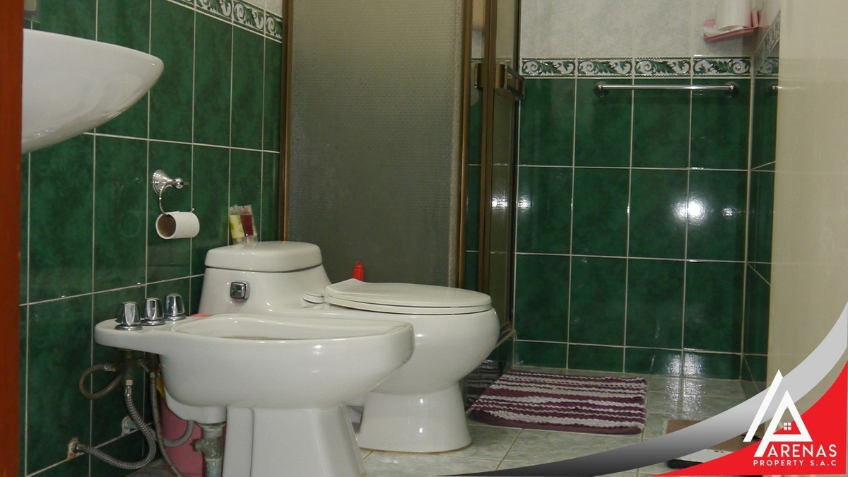 departamento de 03 habitaciones, 03 baños y 01 cochera