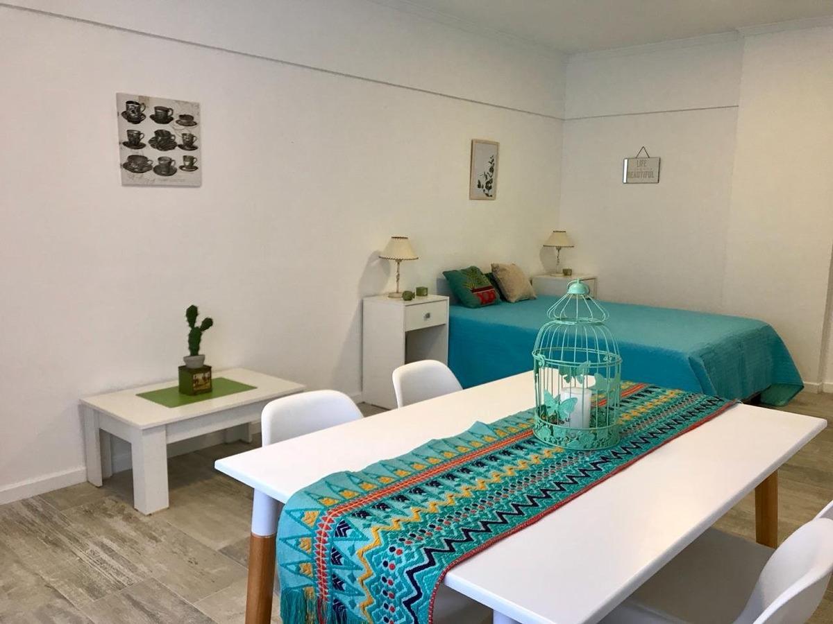 departamento de 1 ambiente contra frente abierto totalmente reciclado, a metros del mar y las mejores playas de la perla