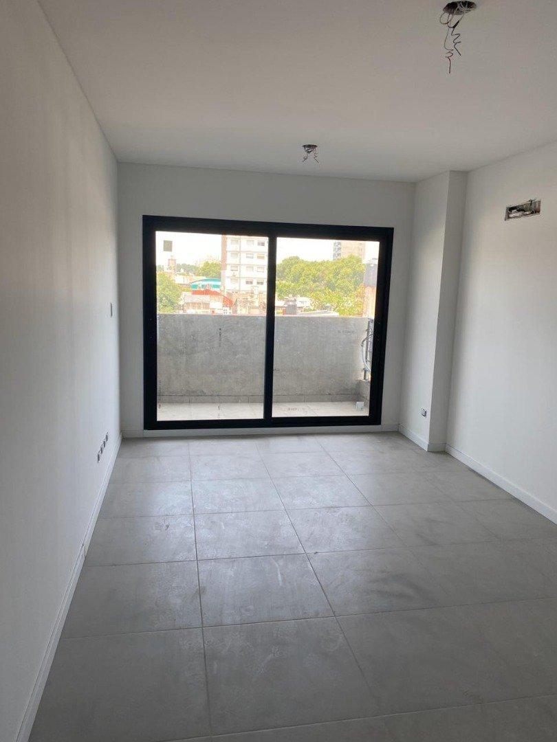 departamento de 1 dormitorio con terraza exclusiva. edificio con amenities. cordoba al 4000