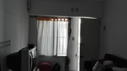 departamento de 2 amb y medio 1° piso por escalera apto cred