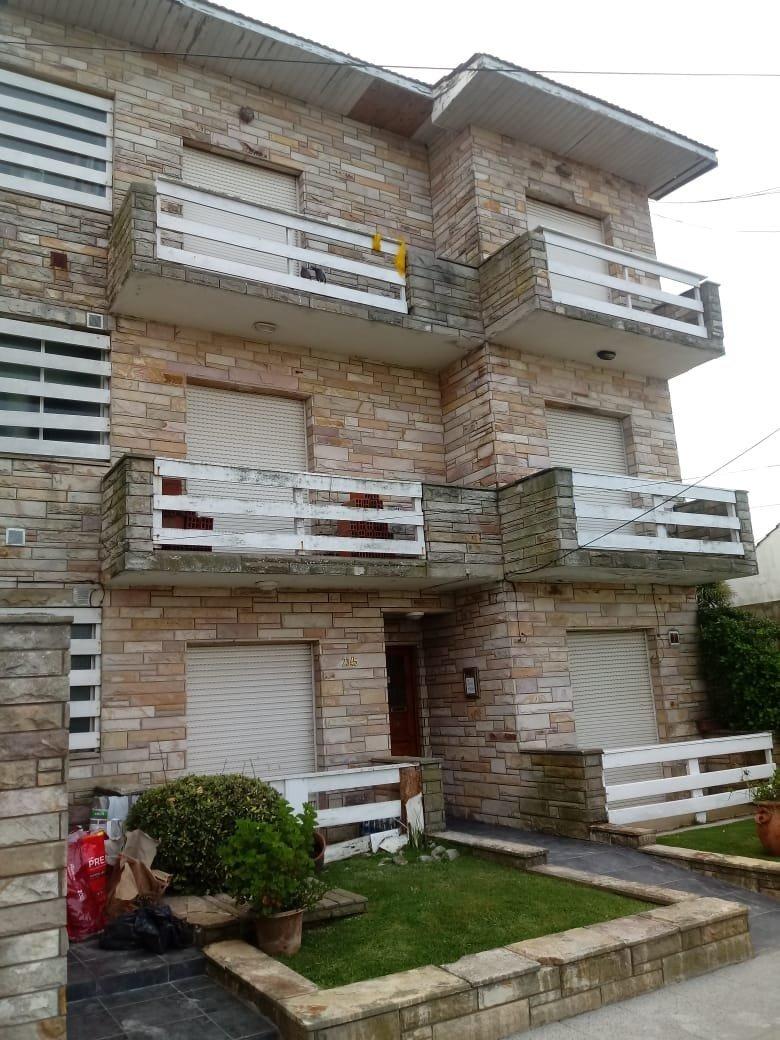 departamento de 2 ambientes a la calle con balcon en alquiler 24 meses mar del plata