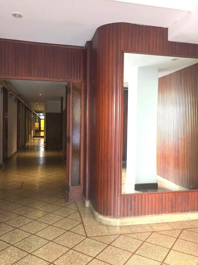departamento de 2 ambientes contra frente, piso alto.