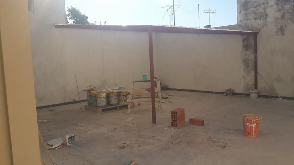 departamento de 2 ambientes en caseros planta baja contrafrente  apto credito bancario! con cochera f: 6272
